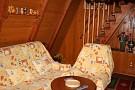 Chata Beckov - Časť obývačkyso schodmi k spálňam